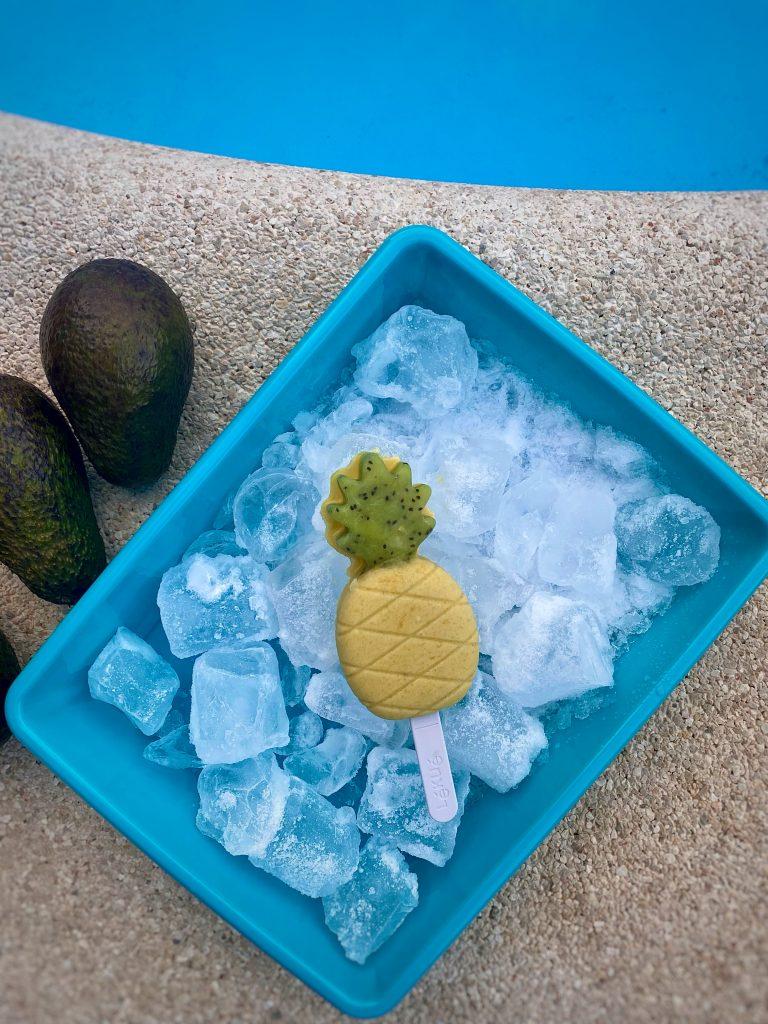 helado saludable de aguacate y melocotón